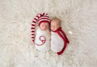 5460460-900-1450863543-AD-Knitted-Christmas-Baby-Outfits-07 (1).jpg
