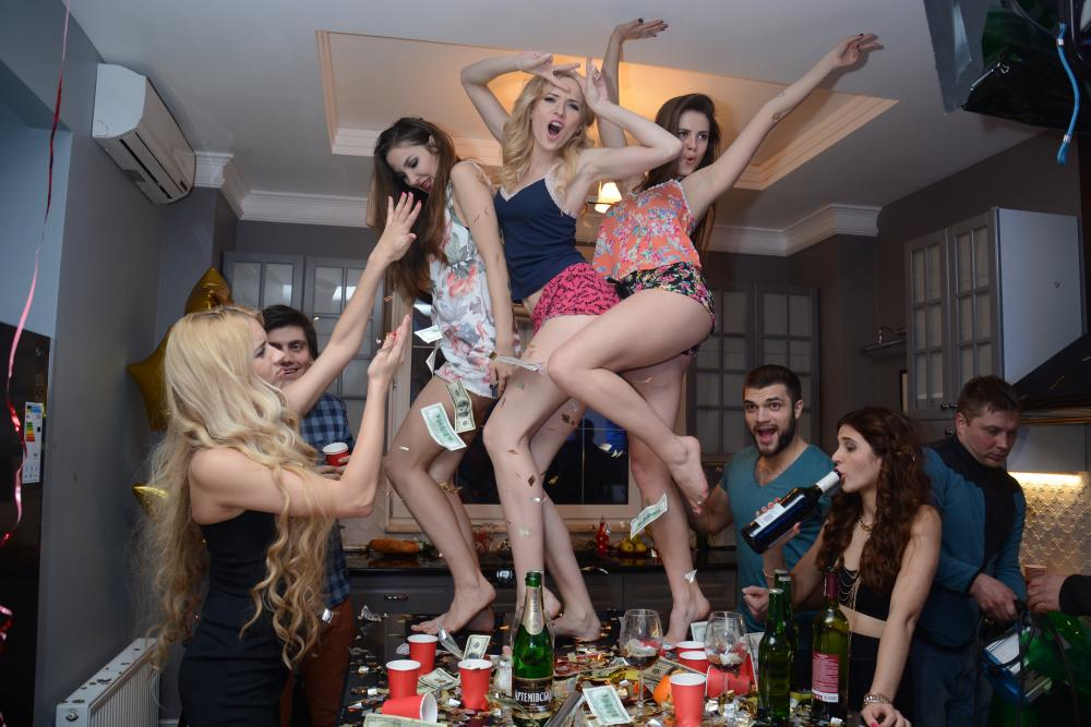 free-amateur-movies-party